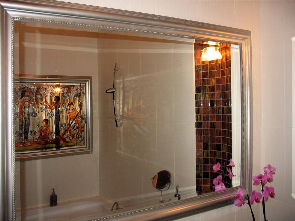 Как в ванной сделать зеркало 700
