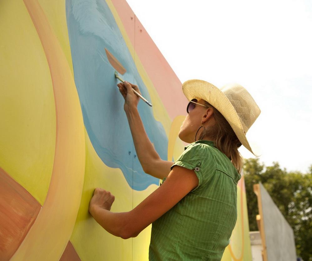 Yulia_Avgustinovich_Lakewood_CO_Mural_For_West_Colfax_Mural_Fest_09