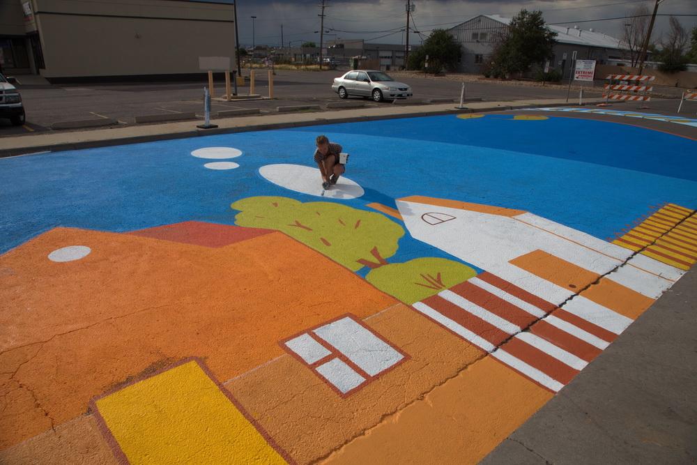 yulia_avgustinovich_aurora_street_mural_stanley_market_place_denver_colorado-21