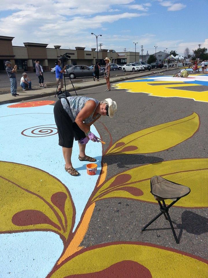yulia_avgustinovich_aurora_street_mural_stanley_market_place_denver_colorado-28