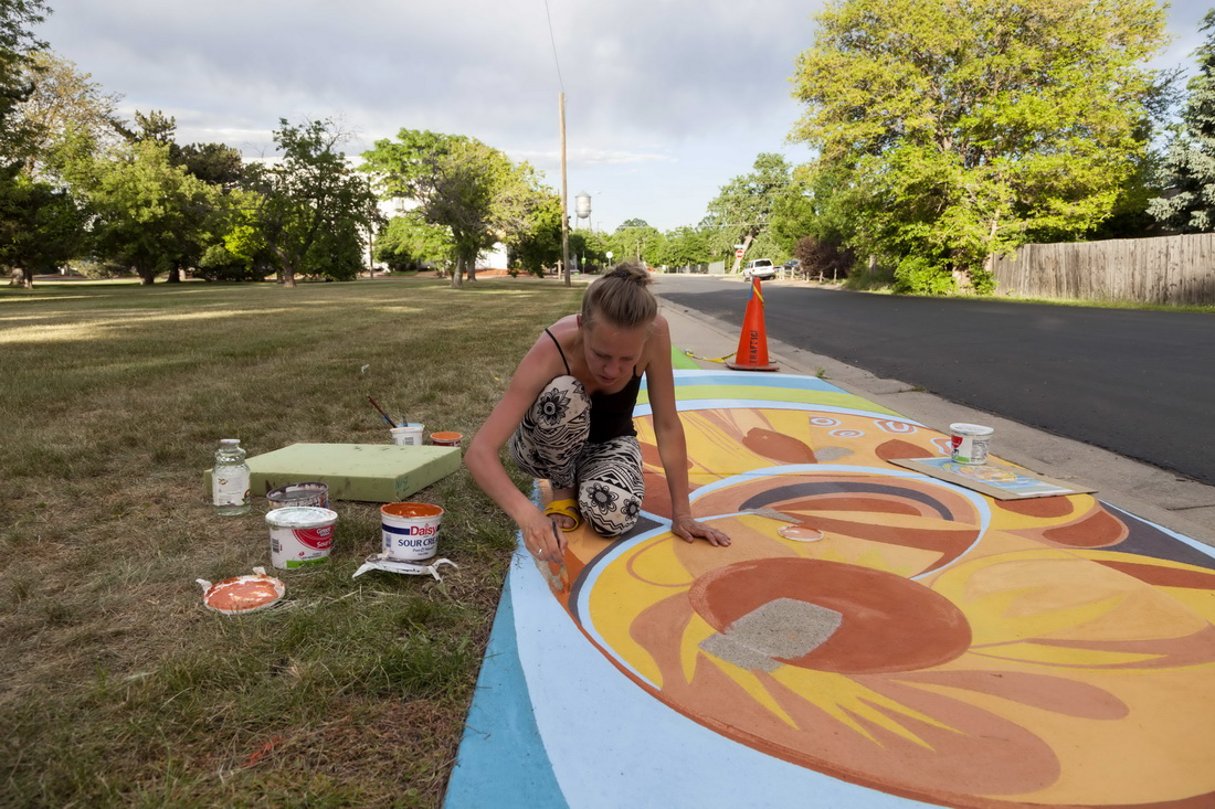 Lakewood_40_Artline_Ground_Mural_Yulia_Avgustinovich_Denver_Muralist