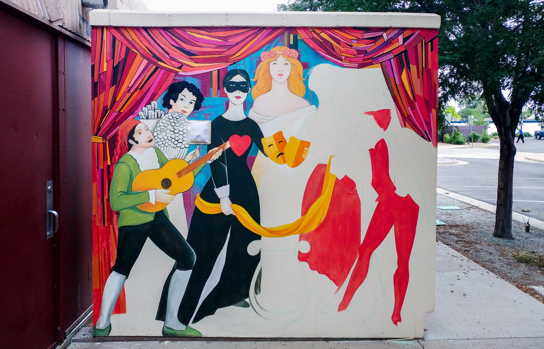 Yulia_Avgustinovich_Denver_Muralist_ Aurora_Fox_Mural_Theater_Decoration_Colorado_public_Art