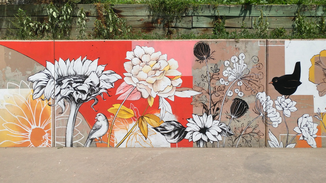 Yulia_Avgustinovich_Denver_Muralist_Colorado_Denver_Urban_Arts_Fund_Floral_Mural